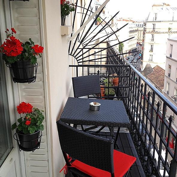 Lamarck-Caulaincourt Apartment For Sale In Paris; 75018