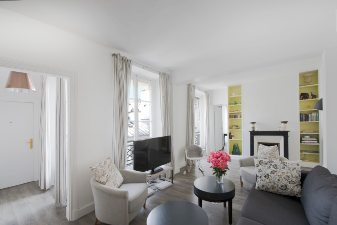 Renovated Apartment In Paris 6th Arrondist The Ideal Pied A Terre Or Investment Property