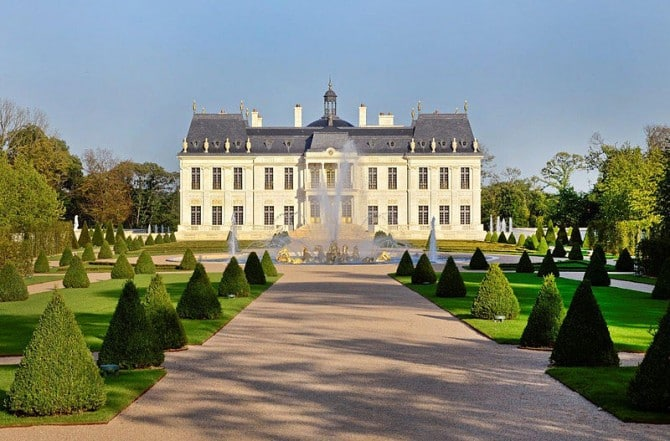 World's most expensive private residence near Paris sold for 275 million Euros • Paris Property Group