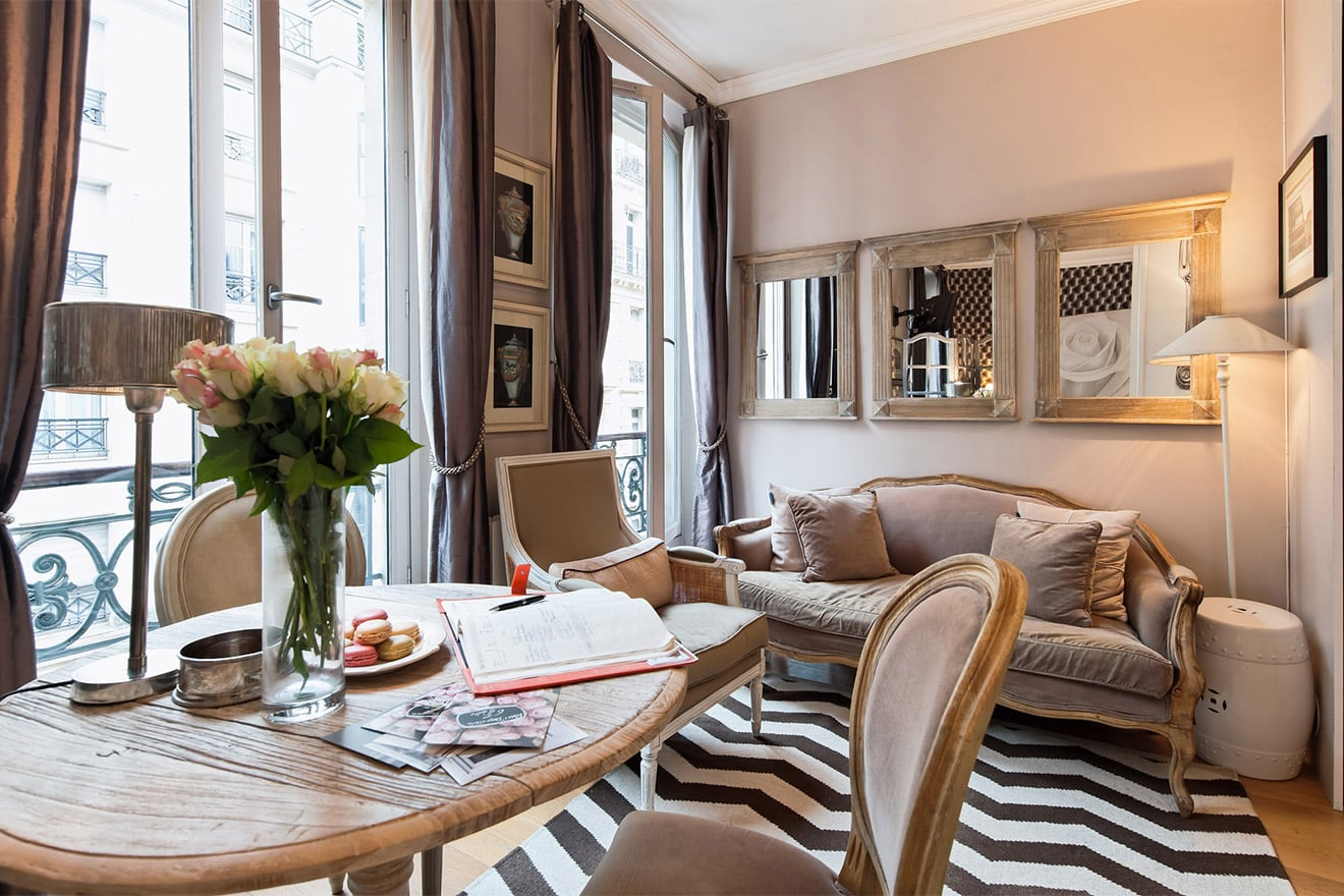 Stylish Renovated Studio Apartment On Rue Bonaparte In The Heart Of Paris